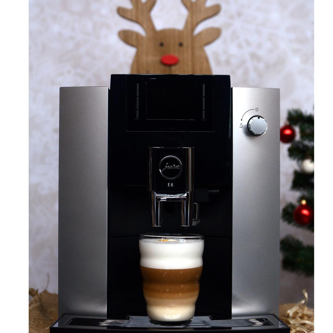Ekspres do kawy, czyli praktyczny prezent świąteczny